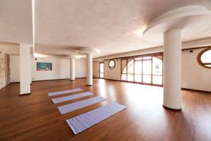 Yoga_Hote_Sicily